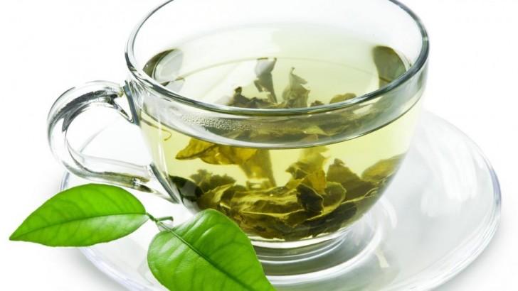 Thé vert : une boisson miracle ?