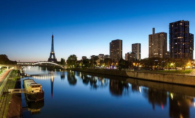 Habiter sur une péniche à Paris : suivez le guide