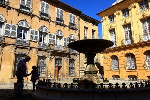 France, Bouches du Rhone (13), Aix en Provence, fontaine de la place Albertas
