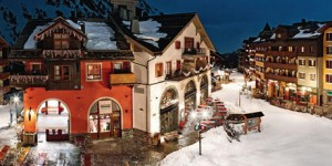 Les Arcs 1950 : un village chic