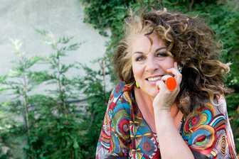Interview de Marianne James : une vedette au grand coeur