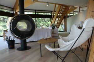 Une maison en communion avec la nature pour faire du yoga